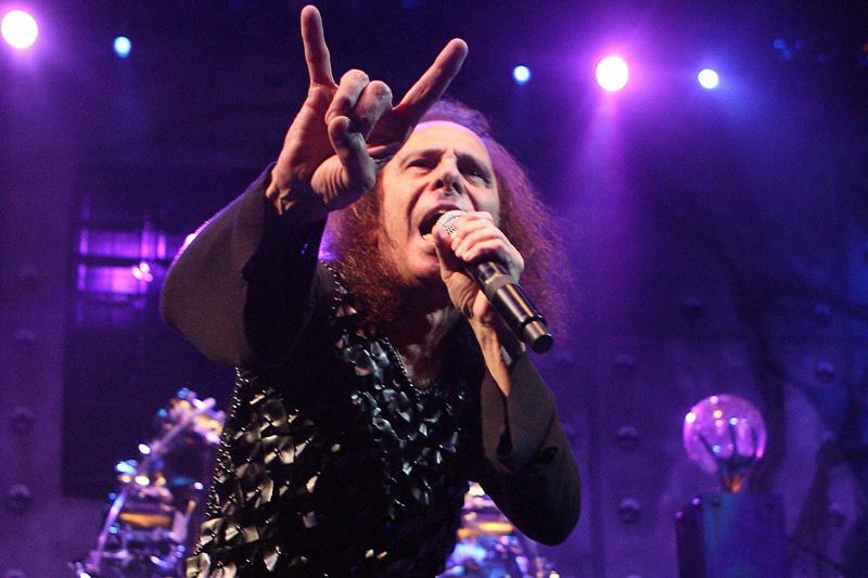 Группа Dio